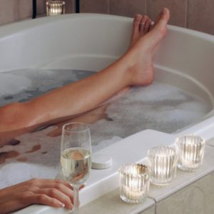 Bye Bye Stress: 9 Steps To The Ultimate Relaxing Bath